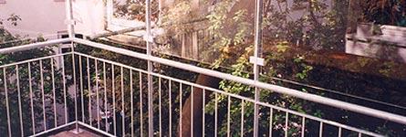metallarbeiten metall stahl glas windschutz und berstiegschutz balkon kindersicherung. Black Bedroom Furniture Sets. Home Design Ideas